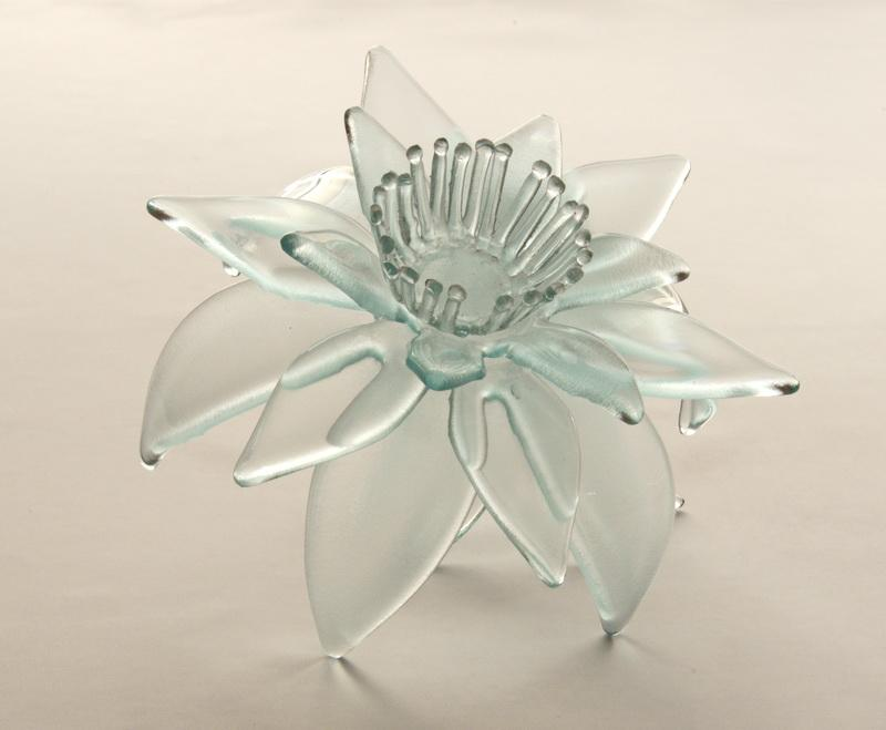 lily flower decor plafond sconce fused delphi artist gallery. Black Bedroom Furniture Sets. Home Design Ideas