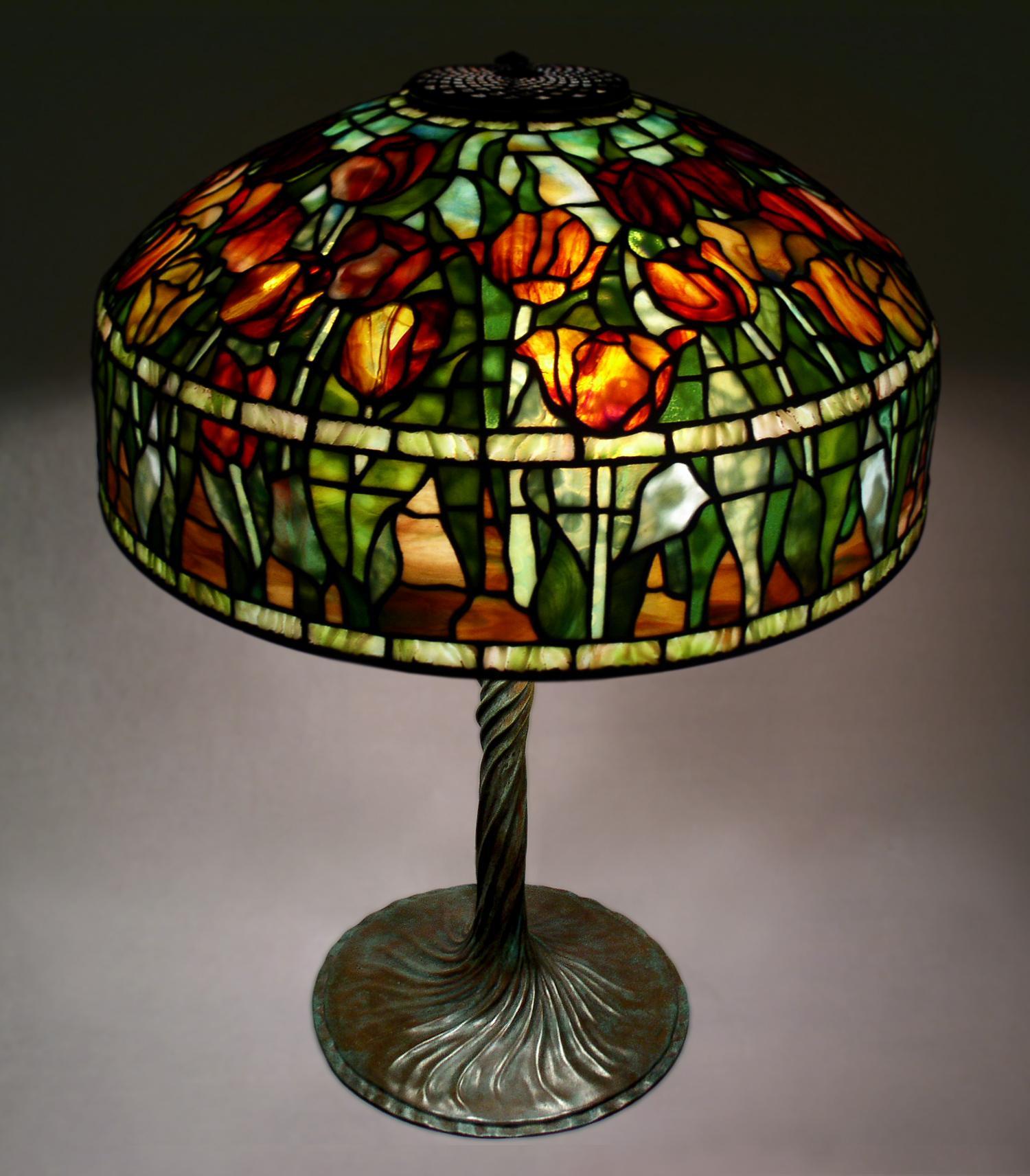 "Tiffany Studios 18"" Tulip Lamp Delphi Artist Gallery"