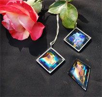 Faceted Dichroic Pendants