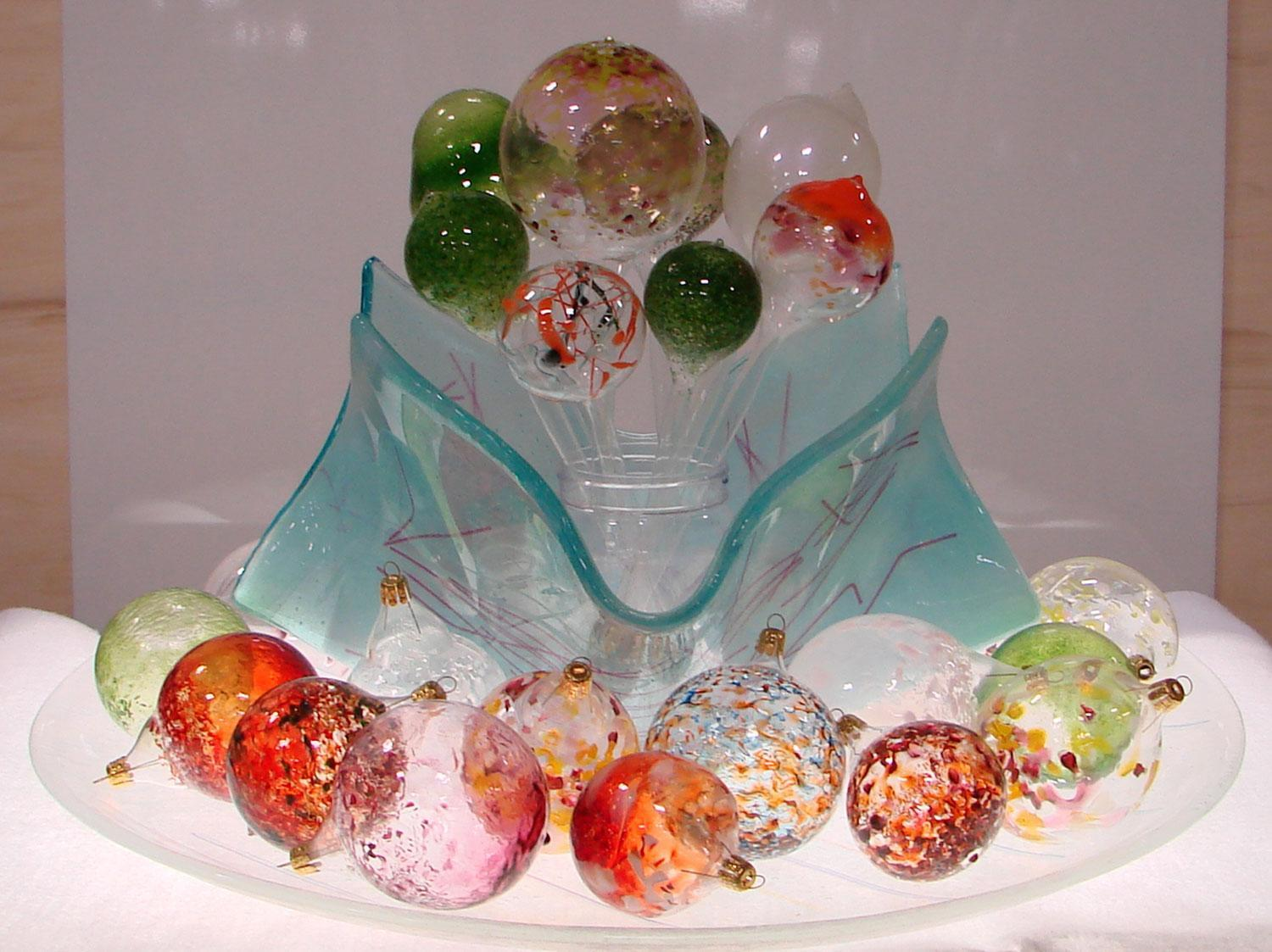 Hand blown clear glass ornaments - Glaskolben Blown Glass Ornaments Kit 207325_1 Thumbnail Image 207325_2 Thumbnail Image 207325_3 Thumbnail Image 207325_4 Thumbnail Image