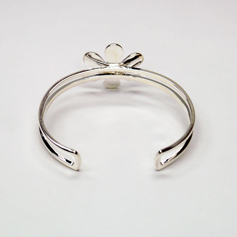 Silver Plated Flower Cuff Bracelet Rings Delphi Glass